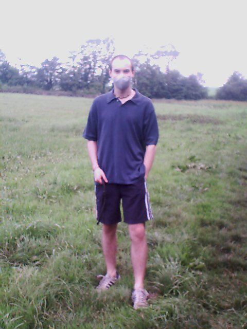 Matthew Hogg, multiple chemical sensitivity sufferer, wearing carbon face mask 2003